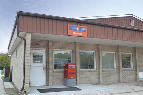 1 Niverville Getting New Post Office Pic